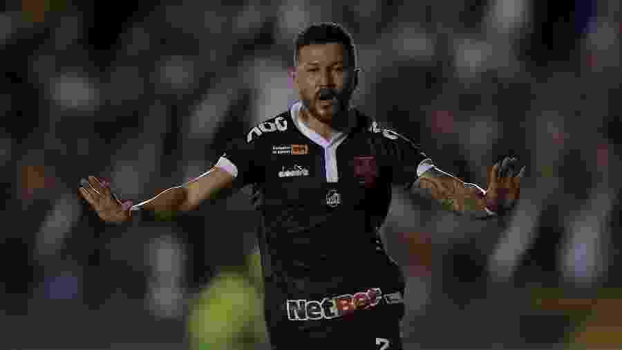 Vasco venceu o Avaí e levou vantagem para o segundo jogo em Santa Catarina - Thiago Ribeiro/AGIF