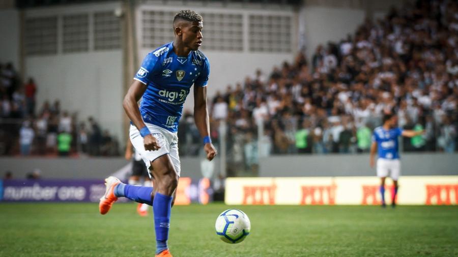 Lateral direito Orejuela deixou o Cruzeiro para assinar com o São Paulo no mercado da bola - Vinnicius Silva/Cruzeiro