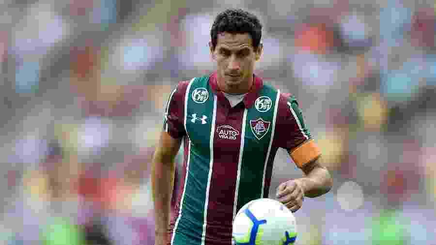 Paulo Henrique Ganso em ação durante jogo contra o CSA; meia vem sendo criticado no Fluminense - Thiago Ribeiro/AGIF