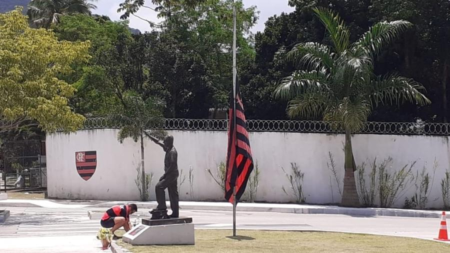 CT Ninho do Urubu teve homenagens às vítimas da tragédia que completa um ano - Leo Burlá / UOL Esporte