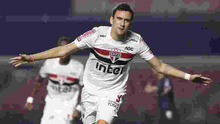 Pablo celebra gol marcado pelo São Paulo contra o Santos - Rubens Chiri/São Paulo