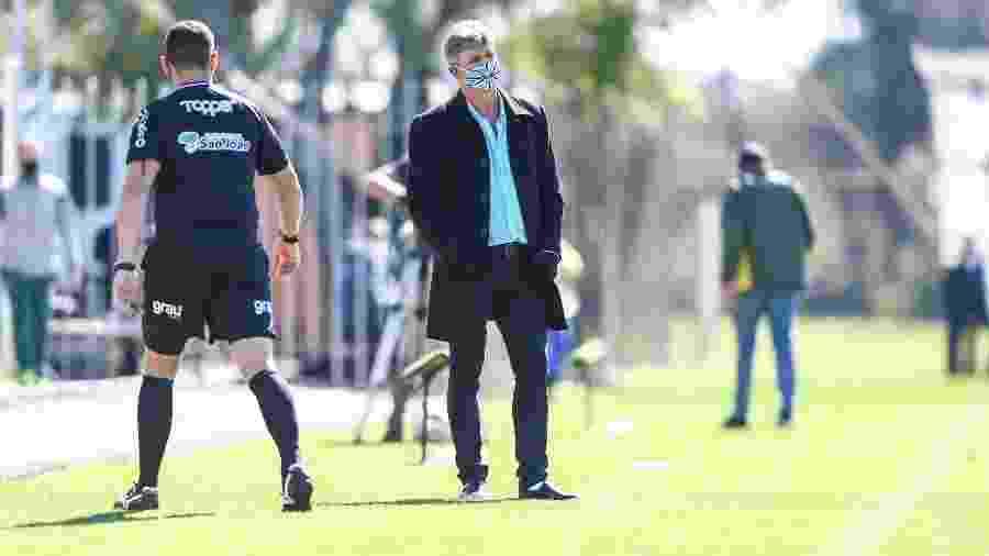 Renato Gaúcho conversou com jogadores e recebeu retorno em campo - Lucas Uebel/Grêmio FBPA
