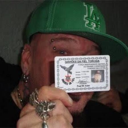 Paul Di'Anno, ex-vocalista do Iron Maiden, é sócio da Gaviões da Fiel - Divulgação/Gaviões - Divulgação/Gaviões