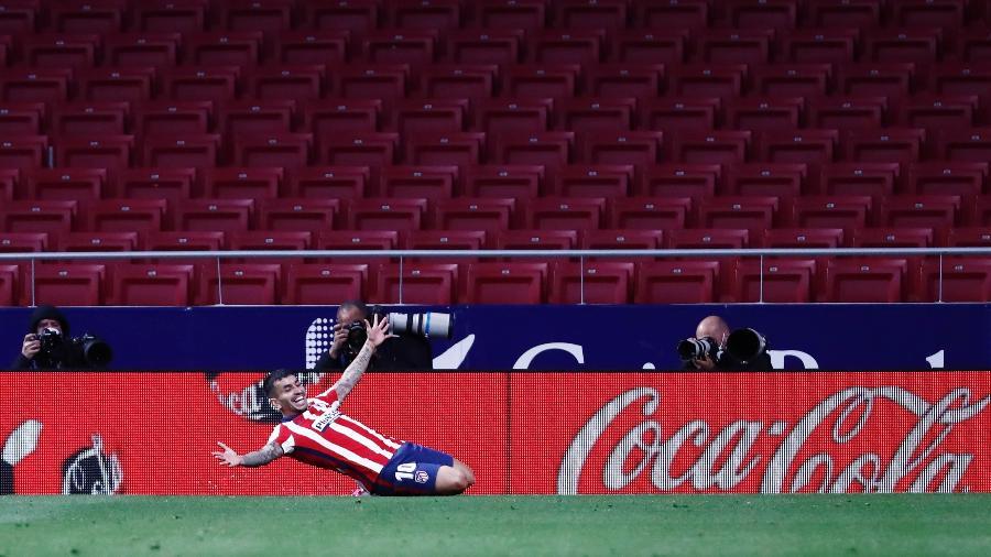 Angel Correa marcou o segundo gol do Atlético de Madri sobre o Real Sociedad, no Campeonato Espanhol - SERGIO PEREZ/REUTERS