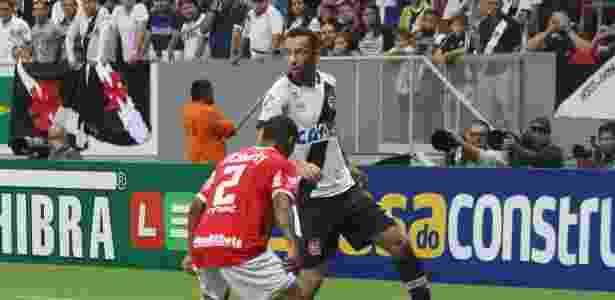 Nenê comandou o Vasco na vitória por 1 a 0 sobre o Vila Nova em Brasília - Carlos Gregório Júnior / Site oficial do Vasco - Carlos Gregório Júnior / Site oficial do Vasco