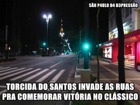 Mas a torcida do São Paulo não deixou barato e também zoou a do Santos