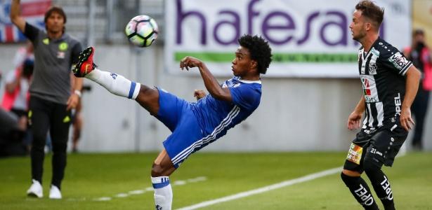 Willian perdeu espaço no Chelsea na atual temporada - Srdjan Stevanovic/Getty Images