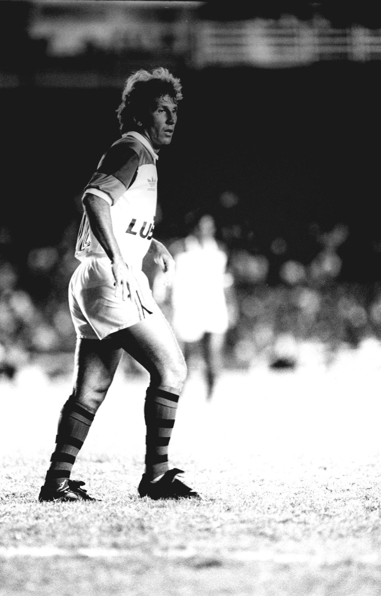 O ídolo Zico em sua despedida do Flamengo em 1990