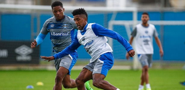 Cortez em ação no treino do Grêmio; lateral entrou bem e convenceu a diretoria