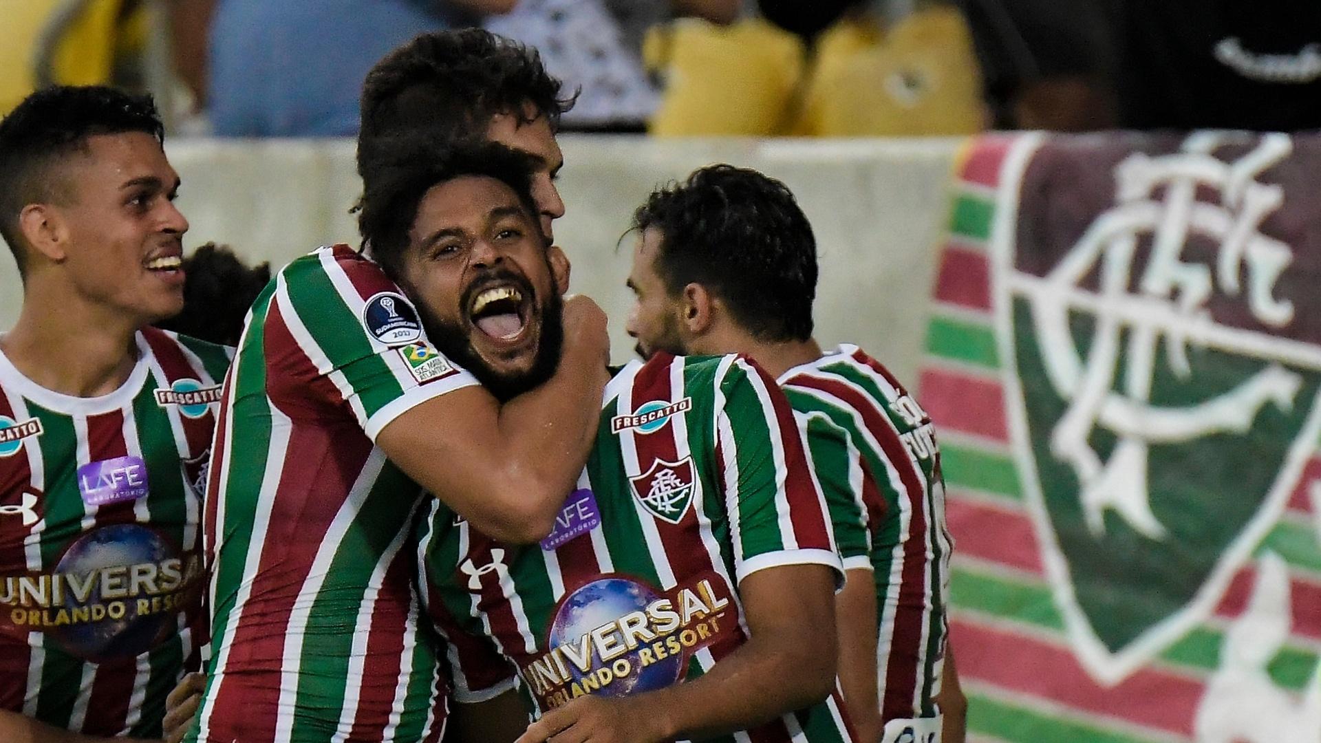 Renato Chaves comemora gol do Fluminense sobre o Flamengo