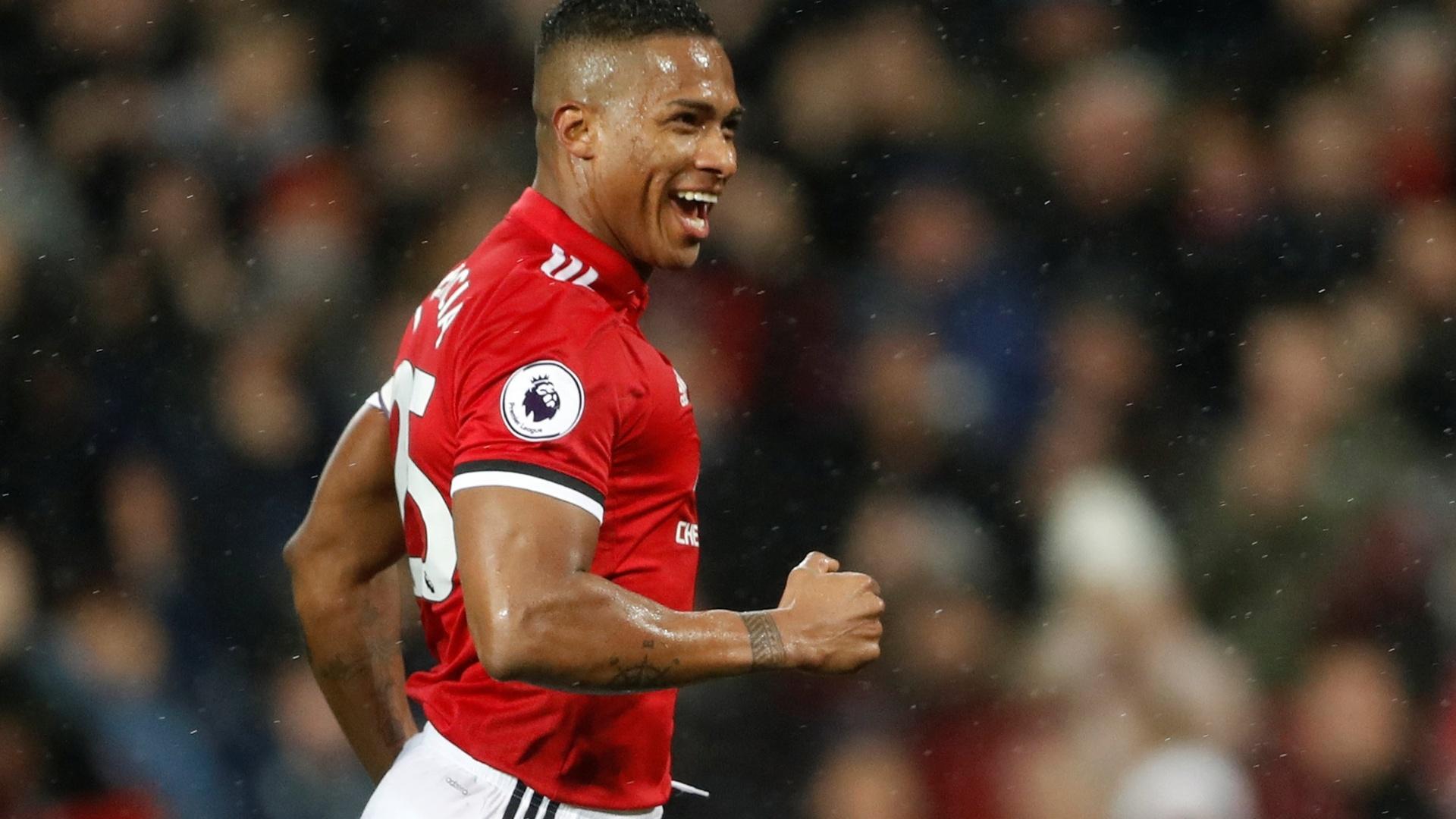 Valencia vibra muito após marcar pelo United contra o Stoke city
