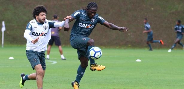 Yimmi Chará pode perder a condição de titular pela primeira vez desde que chegou ao Atlético-MG - Bruno Cantini/Divulgação/Atlético-MG