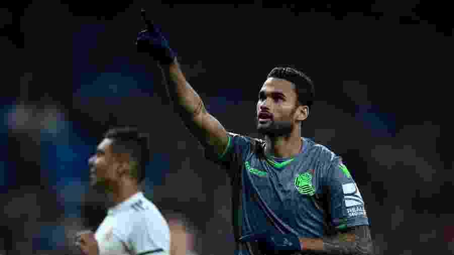 Willian José comemora gol contra o Real Madrid - GABRIEL BOUYS / AFP