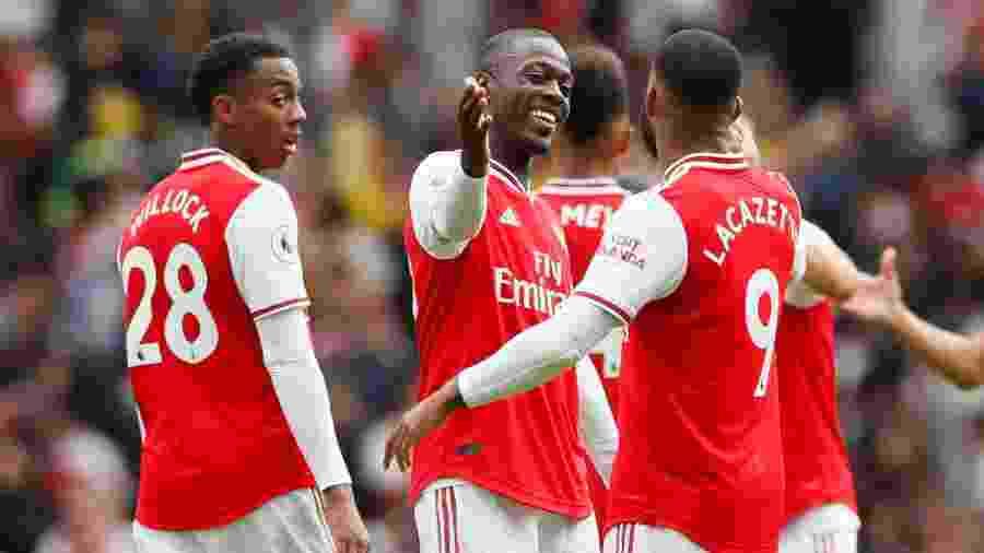 Nada de abraço! Campeonato Inglês irá proibir comemorações coletivas de gol - David Klein/Reuters