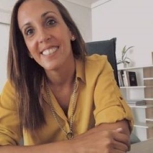 Agustina Cosachov, psiquiatra de Maradona