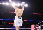 Neto de Muhammad Ali vence segunda luta por nocaute e faz sucesso no boxe