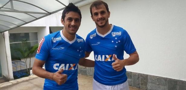 Ao lado de Lucas, Robinho (à esq.) trocou Palmeiras por Cruzeiro