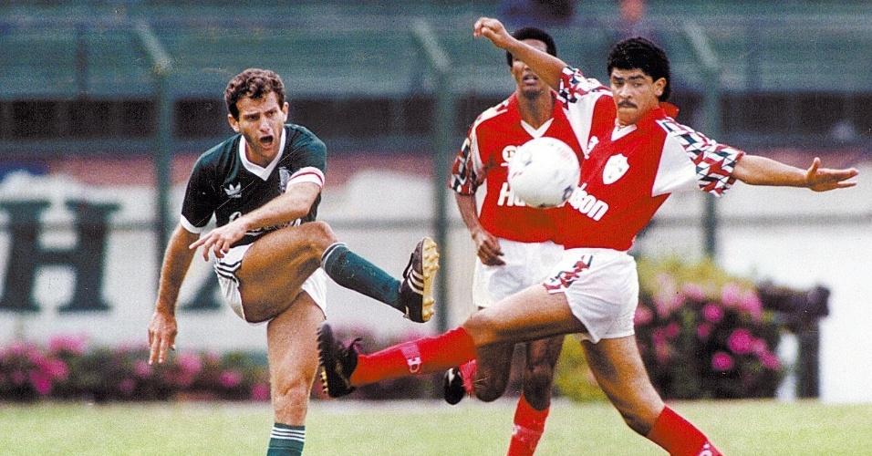 Toninho Cecílio em ação pelo Palmeiras na temporada 1991