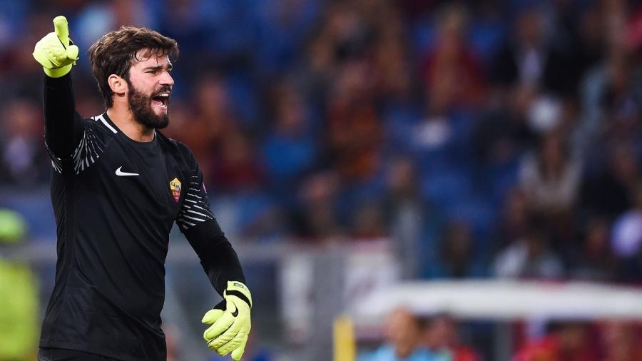 O goleiro Alisson tem sido um dos destaques da Roma nesta temporada - Filippo Monteforte/AFP