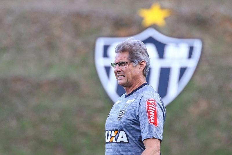 Oswaldo de Oliveira não atingiu 40% de aproveitamento nos três clubes que treinou antes de chegar ao Atlético-MG