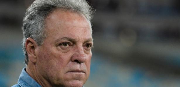 O técnico Abel Braga é o predileto para comandar o Internacional em 2018