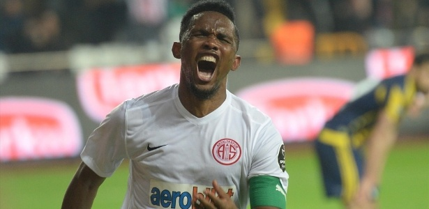 Camaronês está no Antalyaspor, da Turquia, e foi oferecido ao Grêmio