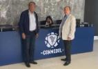 Presidente esquece passaporte e supervisor representará o Cruzeiro em Luque