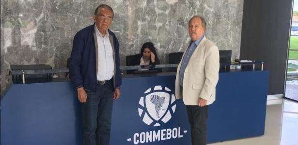 Wagner Pires (direita) ficou no Brasil e Benecy (esquerda) representará o Cruzeiro - Cruzeiro/Divulgação