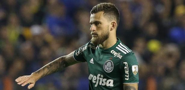 774a1afdfb Cesar Greco Ag Palmeiras Divulgação. Lucas Lima é um dos dez jogadores do  Palmeiras pendurados