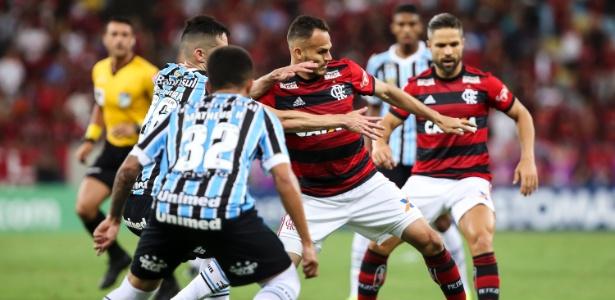 Grêmio não repetiu padrão de atuação contra o Flamengo, no Maracanã - Bruna Prado/Getty Images