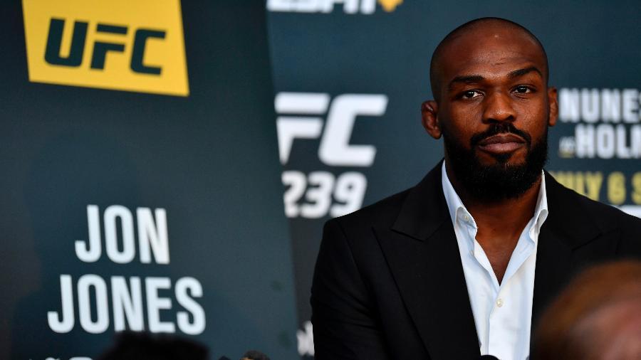 Jon Jones concede entrevista antes do UFC 239 - Jeff Bottari/Zuffa LLC/Getty Images