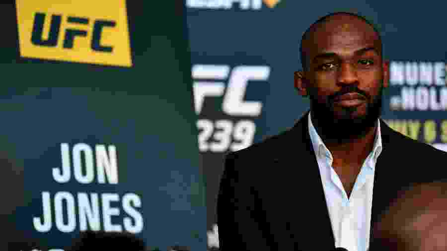 Jon Jones concede entrevista antes do UFC 239 - Jeff Bottari/Zuffa LLC/Getty Images