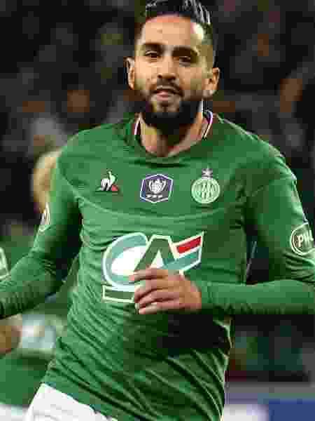 Ryad Boudebouz comemora gol da vitória do Saint-Étienne diante do Rennes nas semifinais da Copa da França - Philippe Desmazes/AFP
