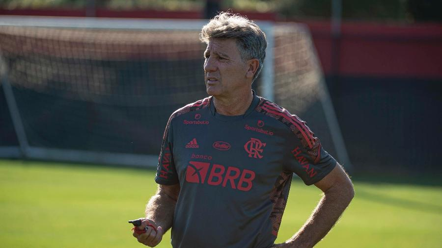 Renato Gaúcho, técnico do Flamengo, durante treino no Ninho do Urubu. - Alexandre Vidal/Flamengo