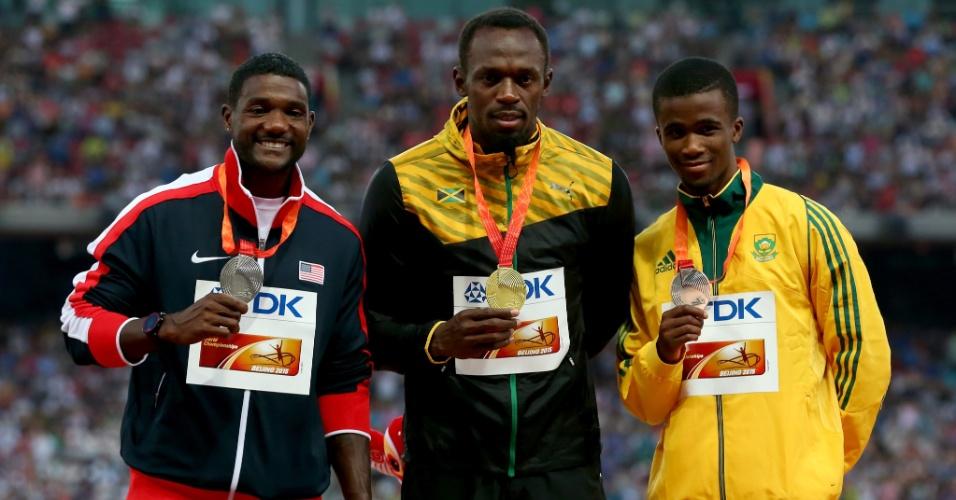 Justin Gatlin (prata), Usain Bolt (ouro) e Anaso Jobodwana (bronze) formaram o pódio dos 200m