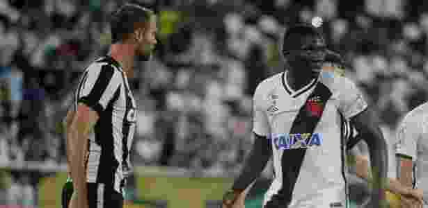 Jomar no duelo com o Botafogo onde se tornou pivô da polêmica - Paulo Fernandes / Flickr do Vasco