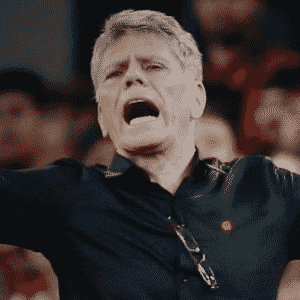 Paulo Autuori foi o primeiro técnico a deixar o cargo no Brasileirão 2017. Mas não foi demitido: na verdade, ele virou diretor de futebol do Atlético-PR, deixando a função de treinador para Eduardo Baptista - Arte UOL
