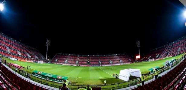 O Flamengo fará o segundo jogo no estádio Ilha do Urubu contra a Chapecoense