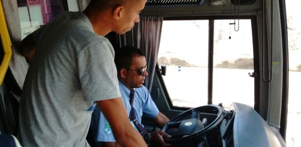Motorista de ônibus do Angra dos Reis E.C.levou o time para o estádio errado