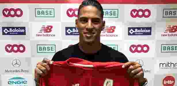 Carlinhos é apresentado no Standard Liége, da Bélgica. É ex-jogador do Inter - Divulgação