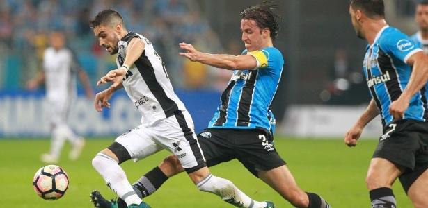 Rodrigo Pimpão exaltou a campanha do Botafogo na Libertadores após eliminação