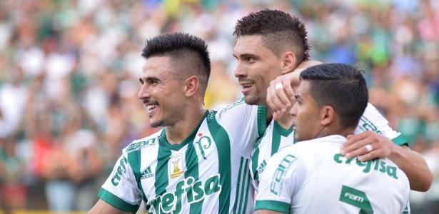 Com 17 gols na temporada, Willian é o artilheiro do Palmeiras de 2017 - CARLOS COSTA/FUTURA PRESS/ESTADÃO CONTEÚDO