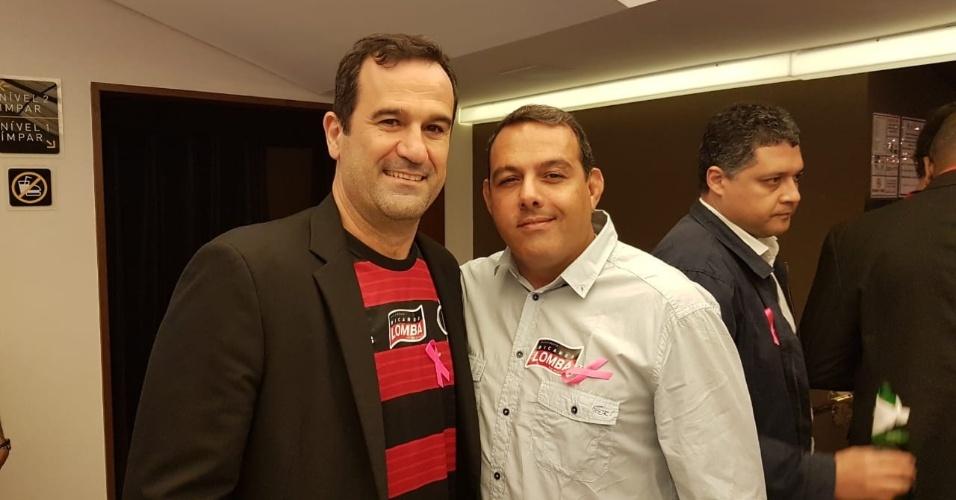 Ricardo Lomba (e) recebeu o apoio do ex-opositor Cacau Cotta na eleição do Flamengo