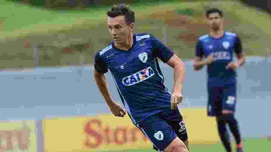 Dagoberto, durante treino do Londrina - Divulgação/Londrina