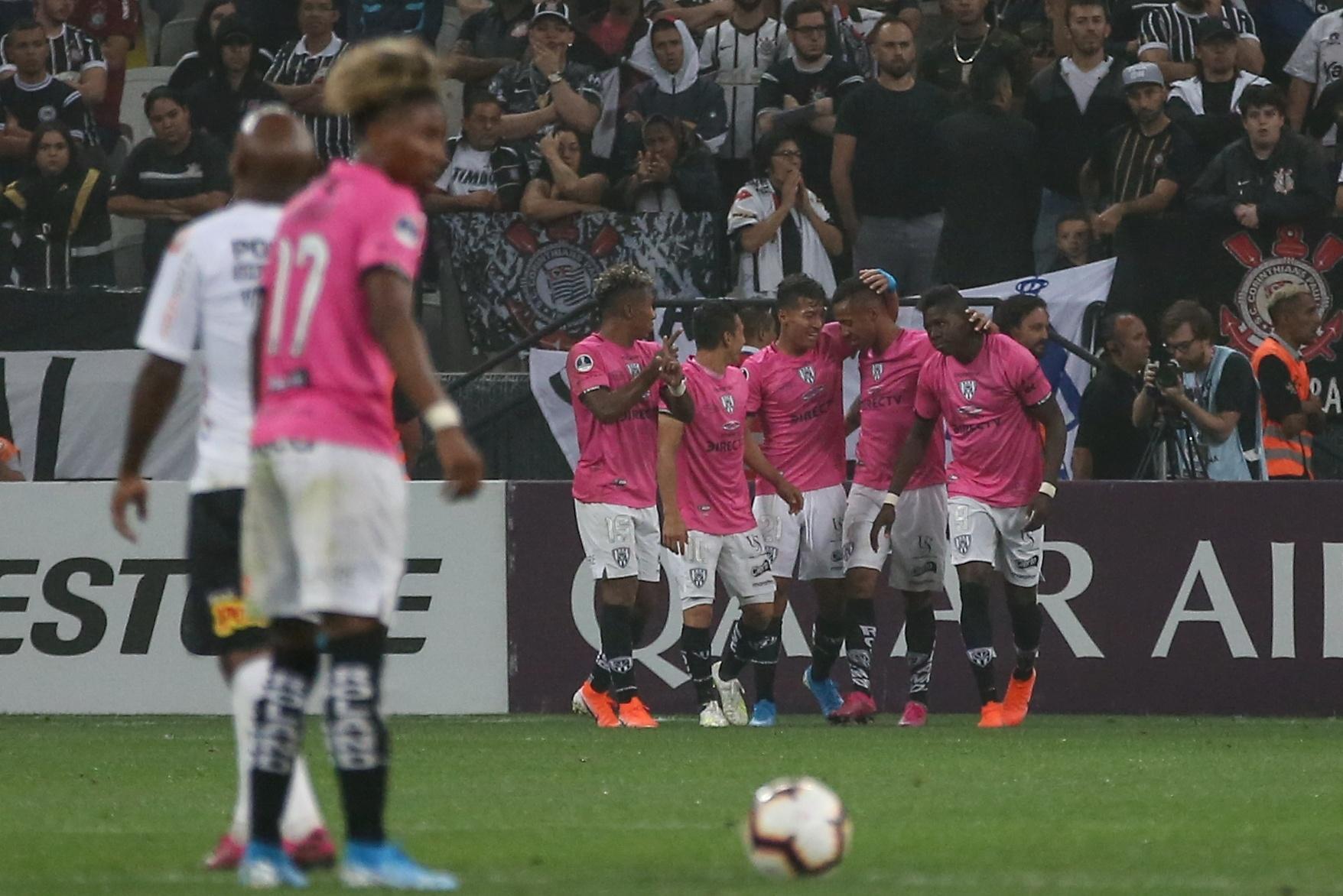Corinthians X Independiente Del Valle Corinthians Perde De