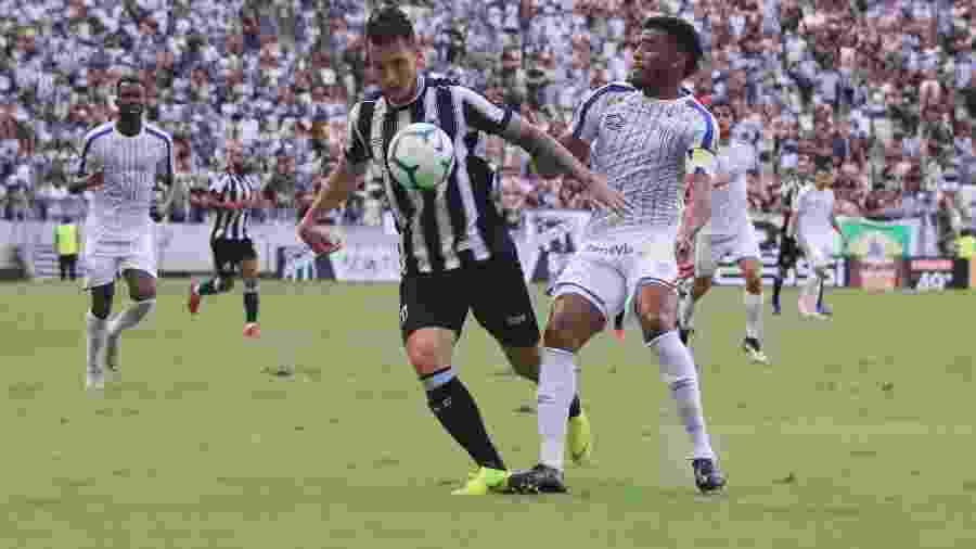 Avaí vem de derrota para o Ceará e tenta se reabilitar no Brasileirão - Xandy Rodrigues/Futura Press/Estadão Conteúdo