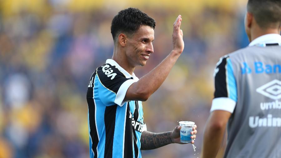 Ferreira, atacante do Grêmio, é um nome que agrada à diretoria do Cruzeiro no mercado da bola - Lucas Uebel/Grêmio FBPA