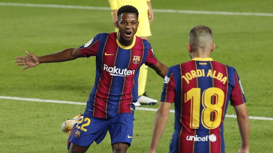 Ansu Fati comemora gol do Barcelona contra o Villarreal; jovem atacante marcou duas vezes - REUTERS/Albert Gea