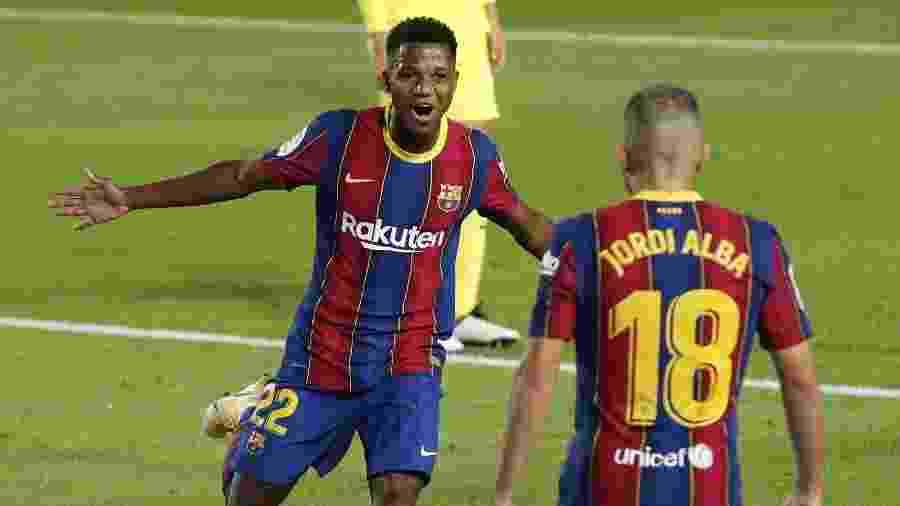 Ansu Fati, joia das categorias de base, comemora gol do Barcelona contra o Villarreal - REUTERS/Albert Gea