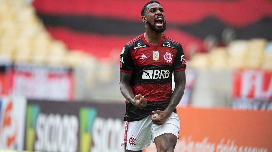 Gerson comemora gol pelo Flamengo contra o Santos no Brasileirão 2020 - Jorge Rodrigues/Jorge Rodrigues/AGIF
